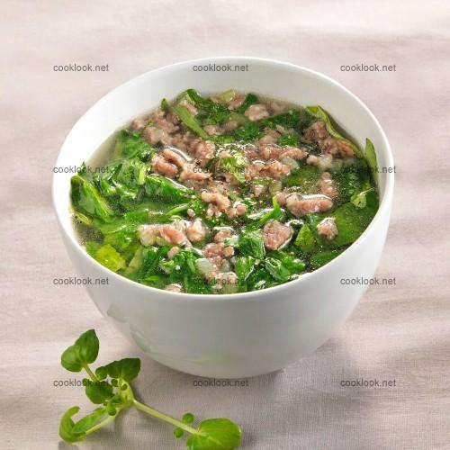 Soupe de cresson à la viande de porc