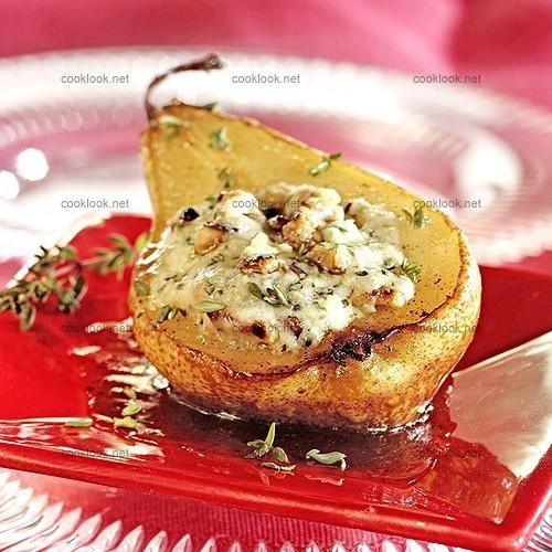 Poires confites au miel et farce de gorgonzola