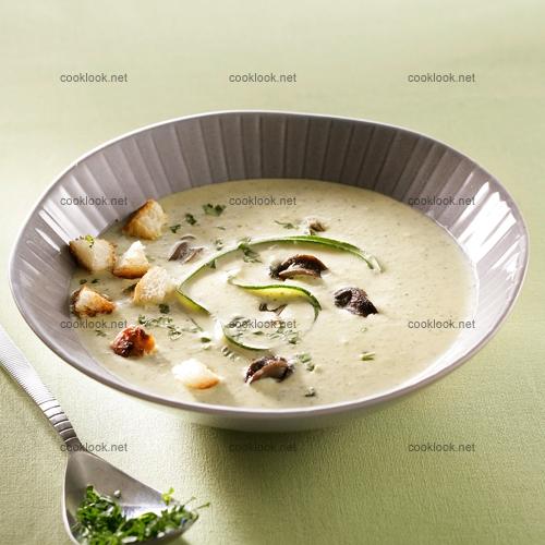 Soupe de courgettes et escargots