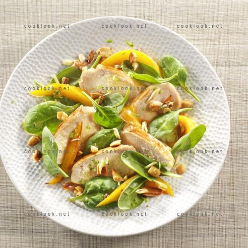Salade exotique de poulet à la mangue