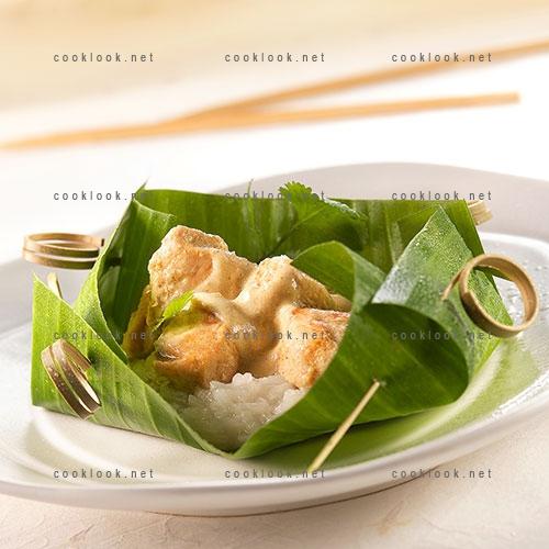 Papillote de poulet coco et son riz gluant