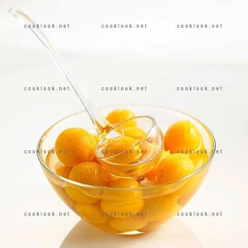 Petites prunes au sirop
