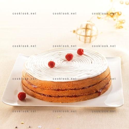 Gâteau à la framboise et en meringue