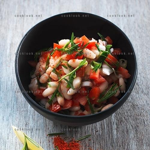 Salade de haricots blancs à la tomate