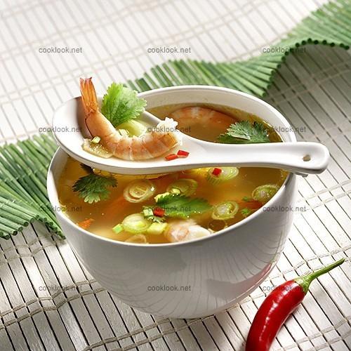 Soupe de crevettes à la thaïlandaise