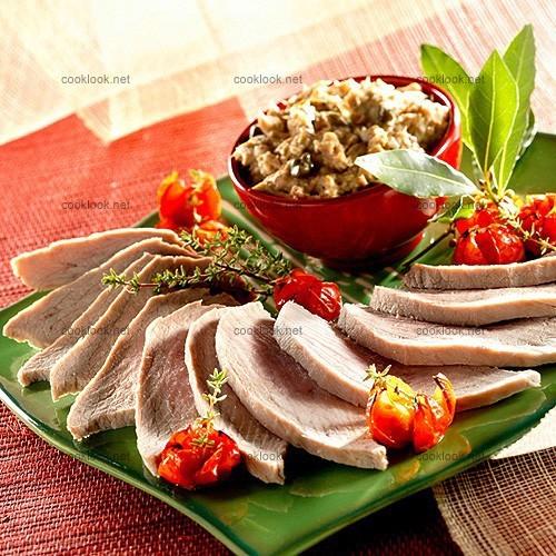 Rôti de veau, sauce au thon et aux anchois (vitello tonnato)