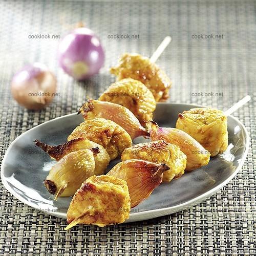 Brochettes de poulet/échalote aux épices