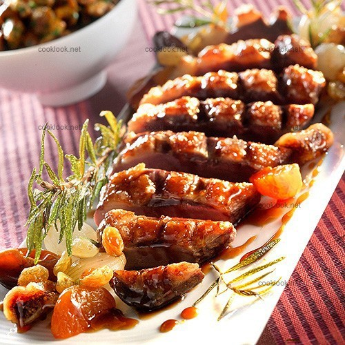 Magrets de canard aux fruits secs