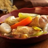 photo recette Bouillon de poule aux légumes, quinoa et citronnelle
