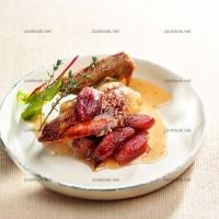 photo recette Pigeons aux dattes et purée de pois chiche
