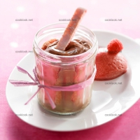 photo recette Verrines biscuits chocolat et sorbet framboise