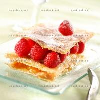 photo recette Millefeuille à la rhubarbe et framboises