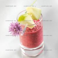 photo recette Velouté froid de betteraves et pommes granny