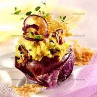 photo recette Risotto aux girolles en coques d'oignons rouges