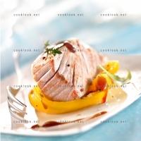 photo recette Thon mi cuit, poivron jaune et caramel balsamique
