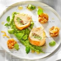 photo recette Blancs de poulet farcis aux fèves et aux anchois