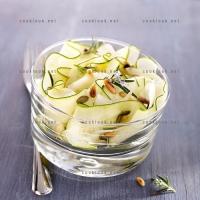 photo recette Tagliatelles de courgettes en salade
