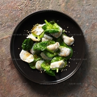 photo recette Carpaccio de St Jacques et jeunes pousses d'épinards