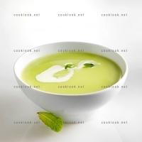 photo recette Soupe froide de petits pois à la menthe