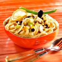 photo recette Pâtes acidulées aux deux olives