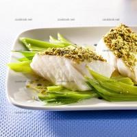 photo recette Cabillaud et pistaches sur fondue de poireaux