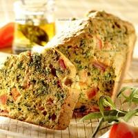 photo recette Cake à la tomate, aux herbes parfumées