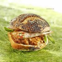 photo recette Sandwich poulet rôti, caviar d'aubergine et basilic