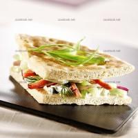 photo recette Sandwich veau rôti, yaourt, oignon, concombre