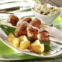 photo recette Mignon en brochettes et cubes d'ananas