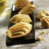 photo recette Madeleines parfumées au thé matcha